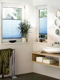 sonnenschutz mit sonnensegel und faltsonnensegel f r. Black Bedroom Furniture Sets. Home Design Ideas